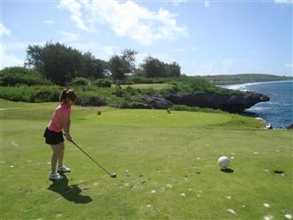 初海越えショット!結果は???海外ゴルフはやっぱり海越えのコースが良いですね!