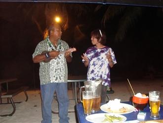 サイパンと沖縄のコラボレイトです。ウクレレっていいですね♪音楽は世界共通ですね♪♪最高でした♪