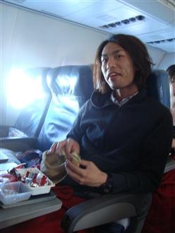帰りの飛行機。。。なぜかドヤ顔…。