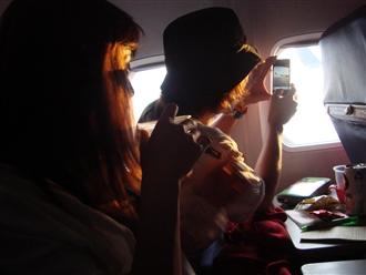 さらばサイパン、アイラブサイパン♪♪♪帰りの機内でパシャリと1枚。。