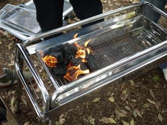 火をおこします。なかなかつかないんですよね~~。