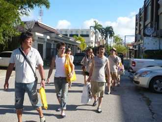 お土産はやっぱりI LOVE SAIPANで!黄色い袋が目印です。